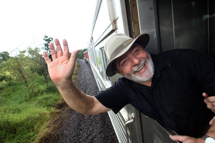 Presidente Lula durante viagem inaugural do Trem do Pantanal. Mato Grosso do Sul, 8 de maio de 2009