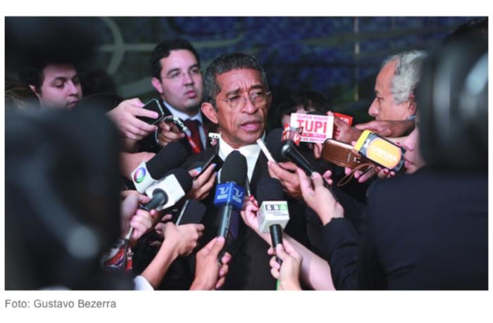 Vicentinho critica o PSDB
