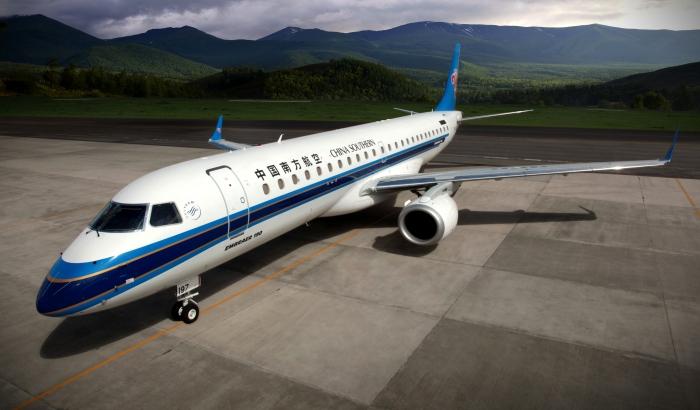 Avião da Embraer 190 China Southern